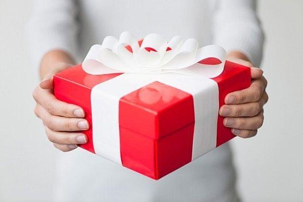 Quy định của pháp luật về quà tặng