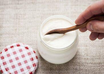 Giảm cân siêu tốc nhờ sữa chua và tinh bột nghệ