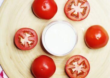Tẩy mụn và chăm sóc da với mặt nạ sữa chua và cà chua