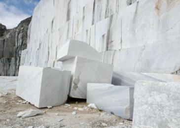 Có nên dùng đá trắng để xây dựng mộ phần?