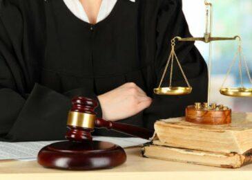 Phân biệt lạm dụng tín nhiệm chiếm đoạt tài sản và lừa đảo chiếm đoạt tài sản